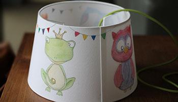 Kinderzimmerlampe mit Tieren